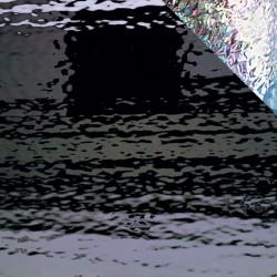 noir Waterglass iridescent